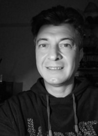 About Adrian Kutnik - Why Living Healthy